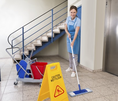 Treppenhaus-reinigung